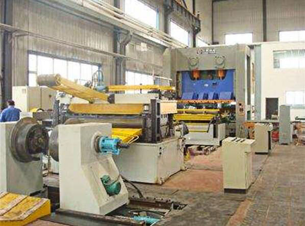 Precision forging and pressing equipment