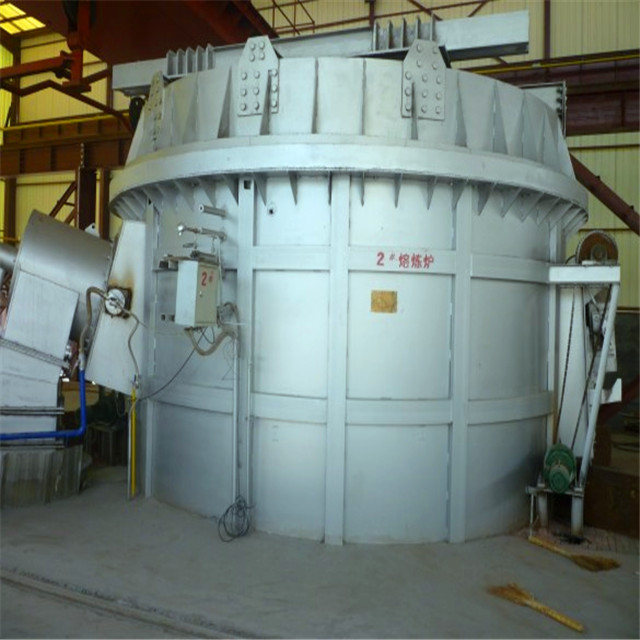 Holding furnace for aluminum casting machine